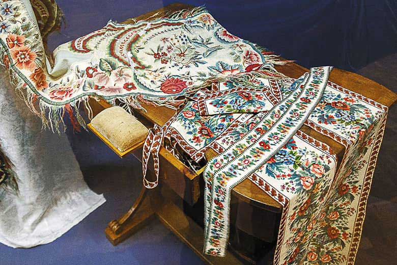 Двусторонние каймы для шалей