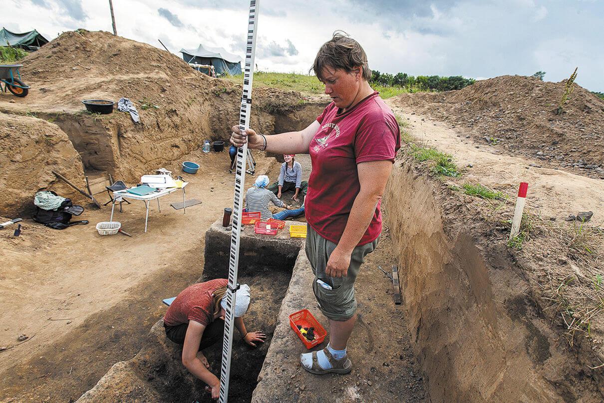 Нивелир для археолога, как компас для моряка